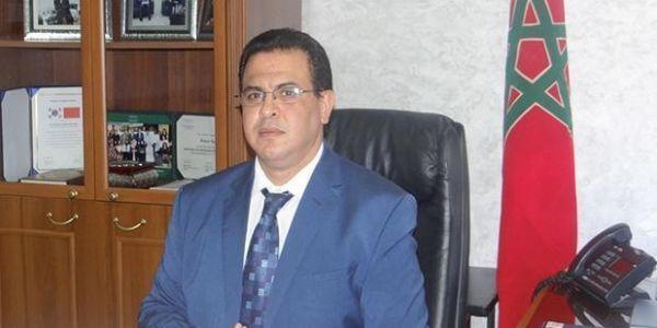 أنباء عن إعفاء الكاتب العام لوزارة الصحة من مهامه .. بعد ثبوت محاولة انتحار فتاة من غرفته